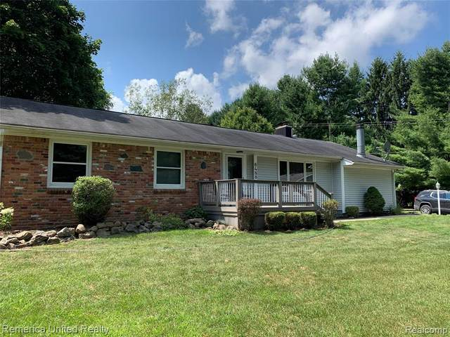 6488 7 MILE Road, Salem Twp, MI 48178 (#2200063747) :: Novak & Associates