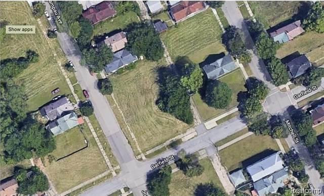 4626 Joseph Campau, Detroit, MI 48207 (#2200063762) :: The Alex Nugent Team | Real Estate One