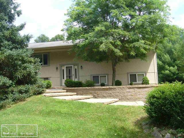 3400 Hosner, Oxford, MI 48370 (#58050020071) :: GK Real Estate Team
