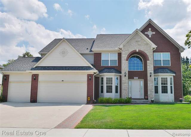 2086 Chaps, Troy, MI 48085 (#2200063991) :: The Alex Nugent Team | Real Estate One