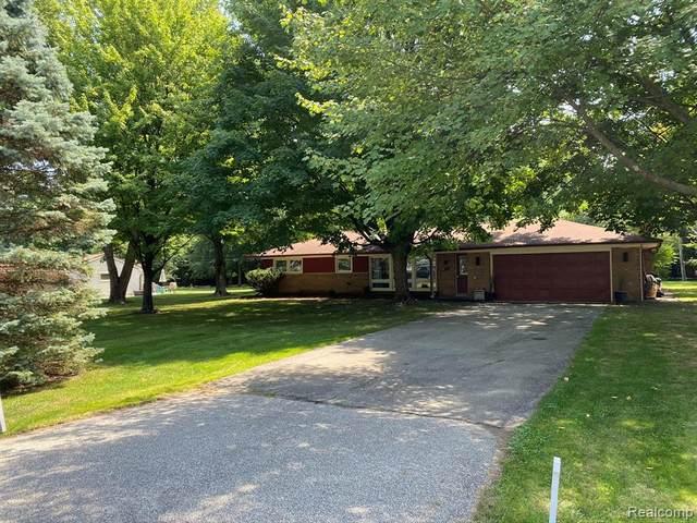 431 Kirk Lane Drive, Troy, MI 48084 (#2200064171) :: The Alex Nugent Team | Real Estate One