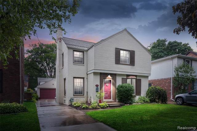 429 Mckinley Avenue, Grosse Pointe Farms, MI 48236 (#2200064297) :: The Alex Nugent Team | Real Estate One