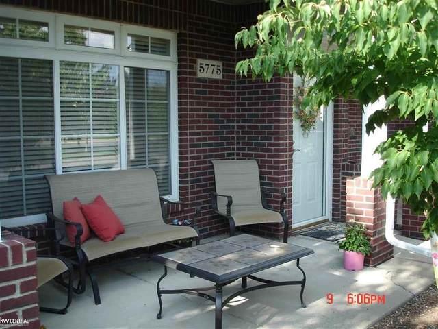 5775 Twin Oaks #76, Macomb Twp, MI 48314 (#58050020159) :: The Alex Nugent Team   Real Estate One