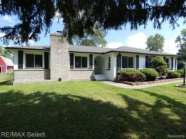 1340 N Iva Street, Burton, MI 48509 (#2200064415) :: GK Real Estate Team