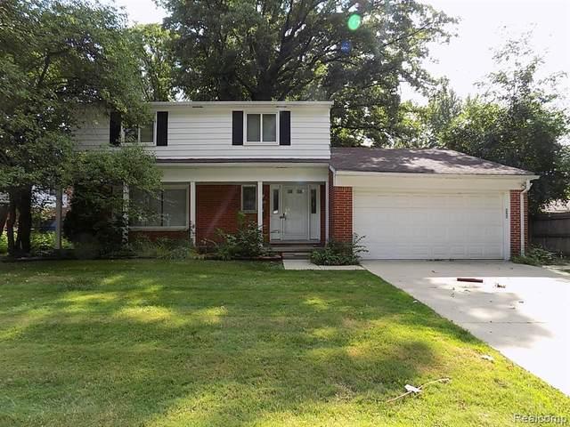 27500 Berkshire Drive, Southfield, MI 48076 (#2200064471) :: The Alex Nugent Team | Real Estate One