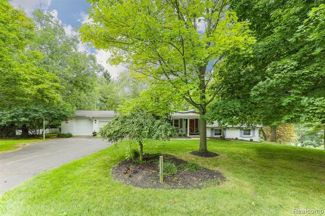 4250 Crestline Drive, Scio Twp, MI 48103 (MLS #2200064661) :: The Toth Team