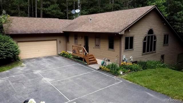 4243 Rolling Oaks Drive, Dryden Twp, MI 48428 (MLS #2200064664) :: The Toth Team