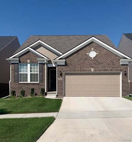 2805 Dillon Drive, Ann Arbor, MI 48105 (#2200064680) :: The Alex Nugent Team   Real Estate One