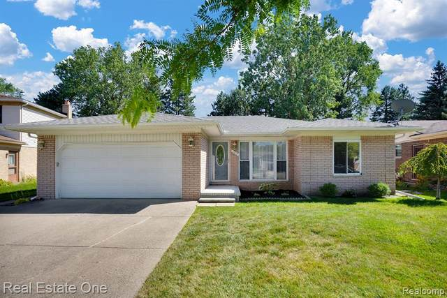 1712 Lakewood Drive, Troy, MI 48083 (#2200064733) :: The Mulvihill Group