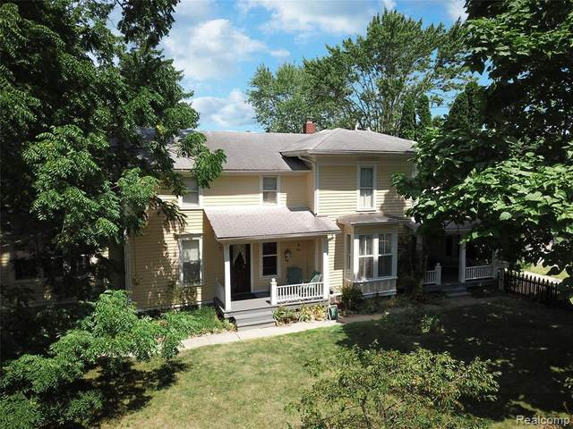 120 College Street, Holly Vlg, MI 48442 (#2200064782) :: The BK Agency