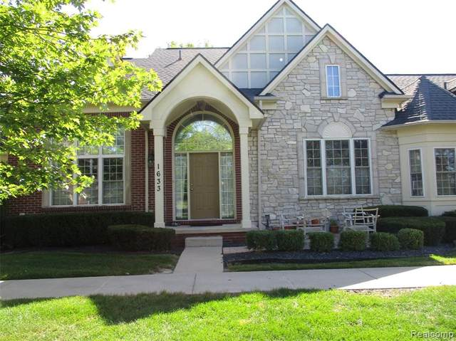 1633 Peninsula Court, Canton Twp, MI 48187 (#2200064879) :: The BK Agency