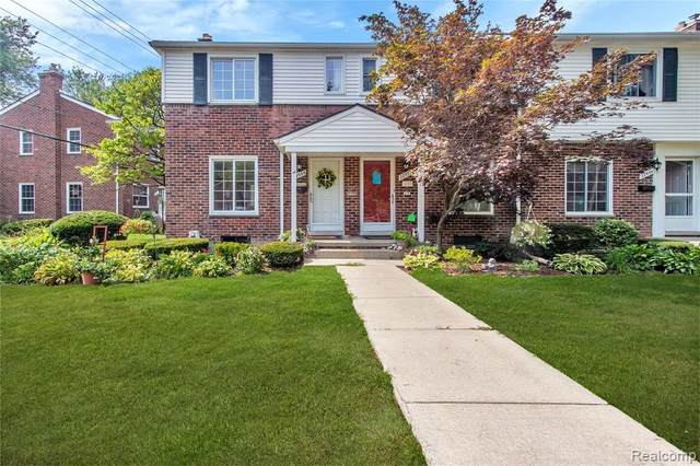 22935 Lee Court, Saint Clair Shores, MI 48080 (#2200064897) :: Duneske Real Estate Advisors