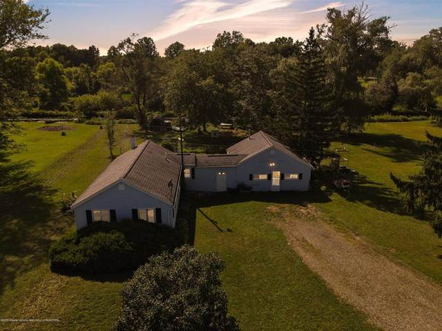 19077 26 1/2 Mile Road, Clarence Twp, MI 49224 (MLS #630000248674) :: The Toth Team