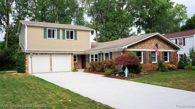 4593 Mill Pond Dr, Troy, MI 48085 (#2200065490) :: The Mulvihill Group