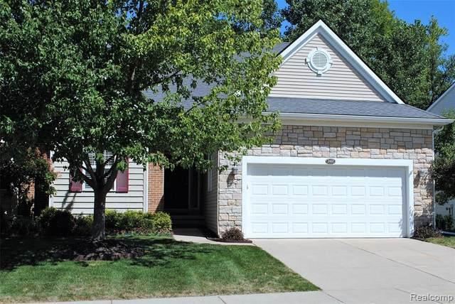 3420 Grove Lane E, Auburn Hills, MI 48326 (#2200065791) :: GK Real Estate Team