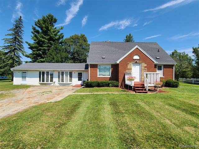 5070 Lennon Road, Flint Twp, MI 48507 (#2200066103) :: Novak & Associates