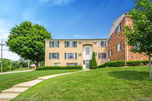 495 Miller Ave Apt 104, Rochester, MI 48307 (#2200066831) :: Alan Brown Group