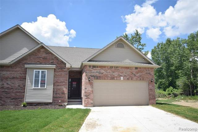 13163 Harbor Landing Drive, Fenton Twp, MI 48430 (#2200066951) :: GK Real Estate Team