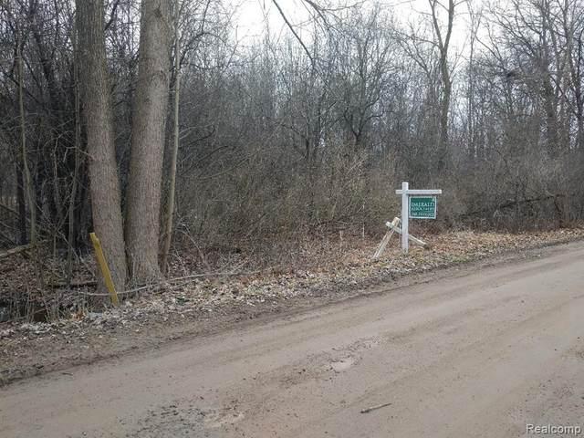 vac Crosby Lake Road, Springfield, IA 48346 (#2200067050) :: GK Real Estate Team