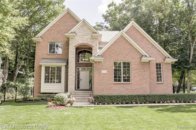 4218 Benstein Rd, Commerce Twp, MI 48382 (#2200067311) :: GK Real Estate Team