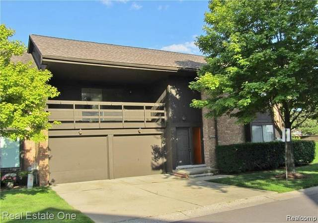 37120 Clubhouse Dr # 32, Sterling Heights, MI 48312 (#2200067554) :: Novak & Associates