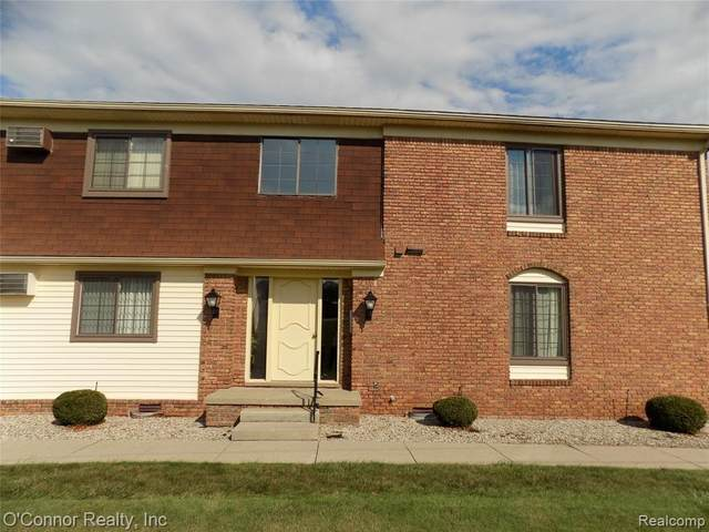 1900 River Rd Apt D6, Marysville, MI 48040 (#2200067916) :: The BK Agency