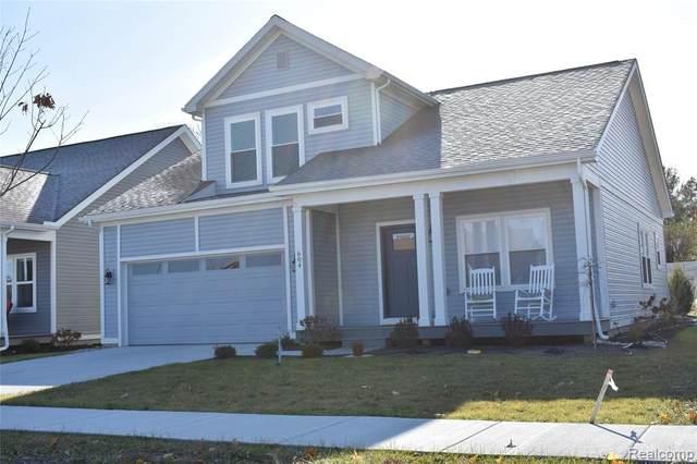 662 Maple Oaks Court, Saline, MI 48176 (#2200068157) :: Duneske Real Estate Advisors