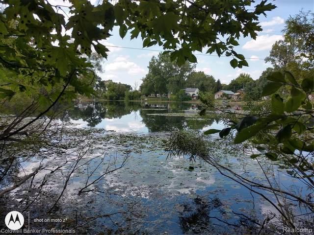 3320, 3340 Long Lake Rd, Reading, MI 49274 (MLS #2200068733) :: The Toth Team