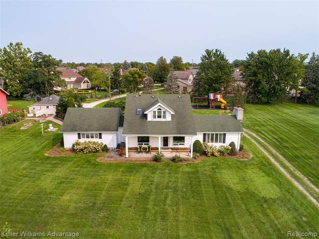 43540 Romeo Plank Road, Clinton Twp, MI 48038 (#2200068803) :: Duneske Real Estate Advisors