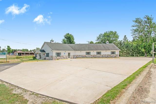 4455 Main Street, Brown City, MI 48416 (#2200069223) :: Alan Brown Group