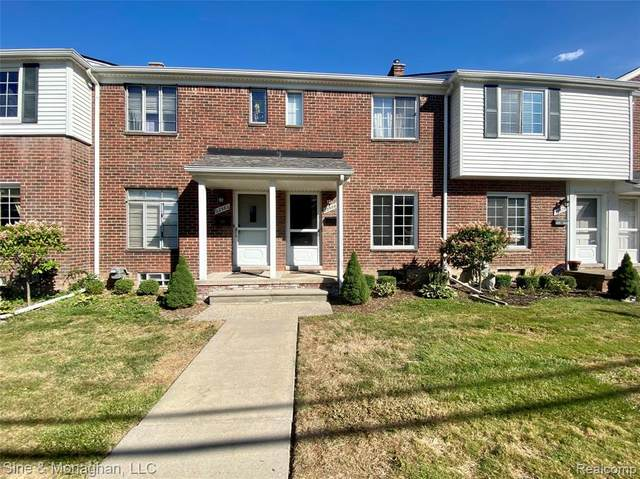 22980 Marter Road, Saint Clair Shores, MI 48080 (#2200069320) :: The BK Agency