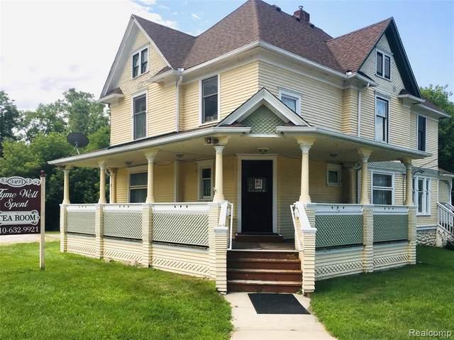 3491 Hartland Road, Hartland Twp, MI 48353 (#2200069465) :: Novak & Associates