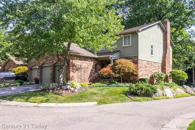 5650 S Adams Way, Bloomfield Twp, MI 48302 (#2200069607) :: Duneske Real Estate Advisors