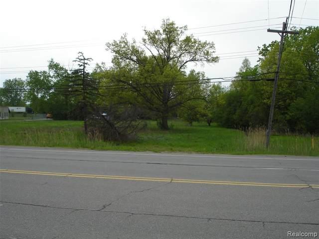 18792 Dix-Toledo Road, Brownstown Twp, MI 48193 (#2200069649) :: BestMichiganHouses.com