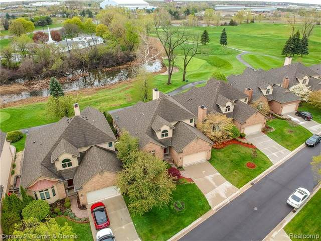 9 Turnberry Lane, Dearborn, MI 48120 (#2200069659) :: Novak & Associates
