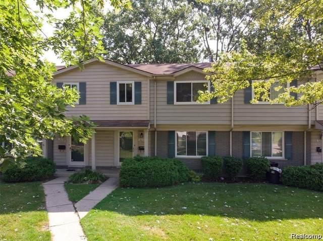 26090 Franklin Pointe Drive, Southfield, MI 48034 (#2200069987) :: Duneske Real Estate Advisors