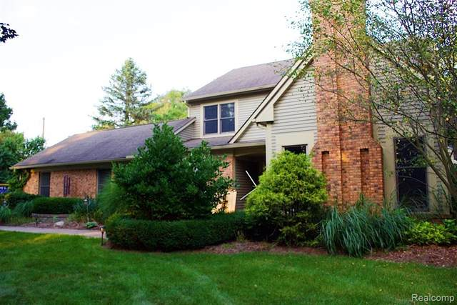 8666 Reese Road, Independence Twp, MI 48348 (#2200070819) :: The Mulvihill Group