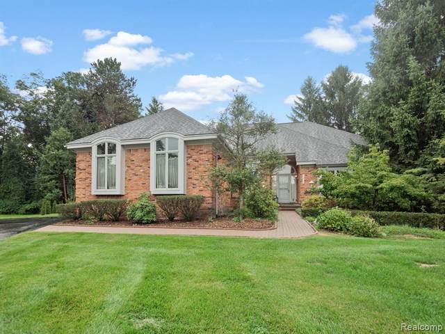 1218 Pembury Lane, Bloomfield Twp, MI 48302 (#2200071308) :: GK Real Estate Team