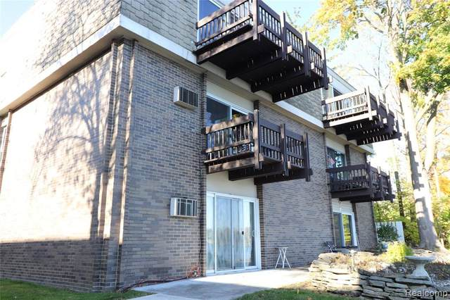 250 N Liberty Street #210, Belleville, MI 48111 (#2200071341) :: Robert E Smith Realty