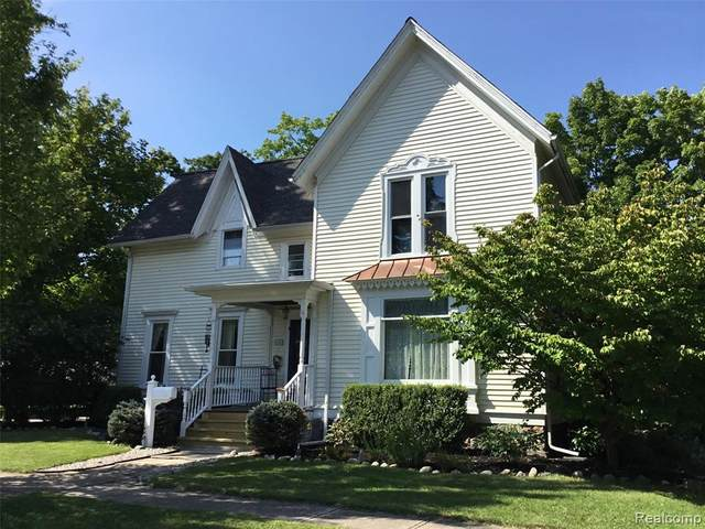 634 State Street, Lapeer, MI 48446 (#2200071352) :: Robert E Smith Realty