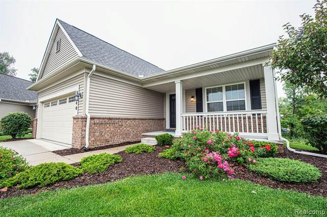 2340 Bridgewater, Oxford Twp, MI 48371 (#2200071458) :: The Mulvihill Group