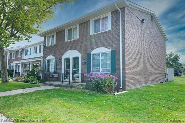 38177 Jamestown Drive, Sterling Heights, MI 48312 (#2200071477) :: GK Real Estate Team