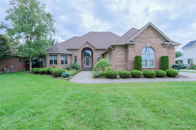 16158 22 MILE Road, Macomb Twp, MI 48044 (#2200072227) :: The BK Agency