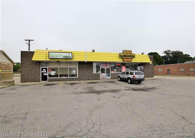 16749-16753 E 9 MILE Road, Eastpointe, MI 48021 (#2200072247) :: Keller Williams West Bloomfield