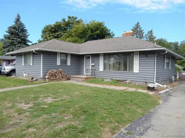88 W Walton Boulevard, Pontiac, MI 48340 (#2200072279) :: Novak & Associates