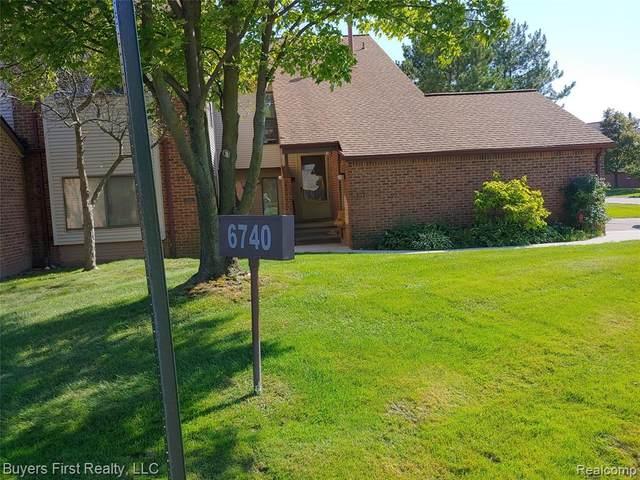 6740 Ridgefield Cir Apt 204 #204, West Bloomfield Twp, MI 48322 (#2200072795) :: Duneske Real Estate Advisors