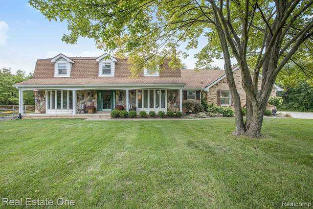 23203 Simcheck, Lyon Twp, MI 48167 (#2200072850) :: GK Real Estate Team