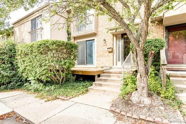 1420 Oakbrook E #63, Rochester Hills, MI 48307 (#2200072920) :: GK Real Estate Team