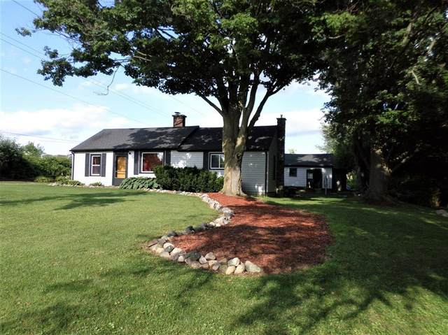8989 Macon Road, Saline Twp, MI 48176 (#543276147) :: GK Real Estate Team