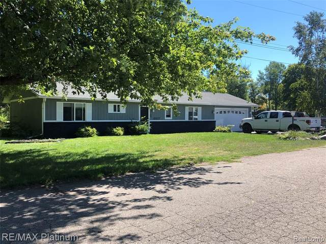 10937 Kennedy, Putnam, MI 48169 (#2200073255) :: The Mulvihill Group